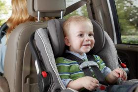 voayge-bebe-voiture